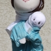 Mária a kis Jézussal báb